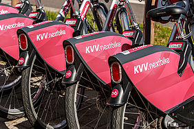 Mehrere Fahrräder (KVV-nextbikes)